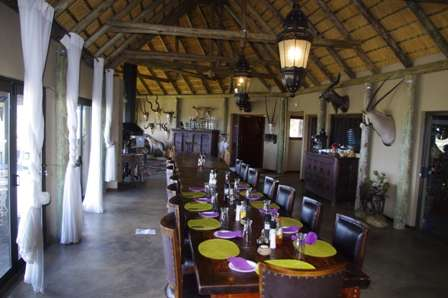 dining Omujeve Safaris